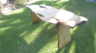 2 meter table in huen pine